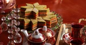 طرز تهیه باقلوای سه رنگ قزوین