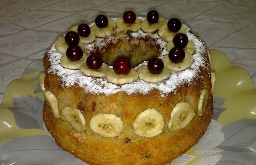 طرز تهیه کیک خانگی با طعم موز و گردو