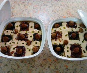 آش سنگ سیر یکی از آش های محلی استان کردستان است که بسیار خوشمزه و لذیذ است و مردم کردستان برای فصل سرما آن را درست می کنند،