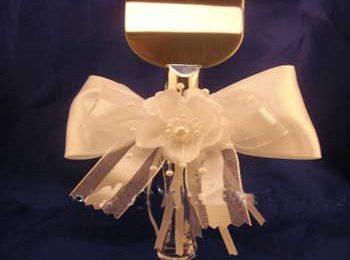 با استفاده از وسایل ساده ای می تونید چاقوی كیك بری در مراسم عقد را خودتون درست كنید