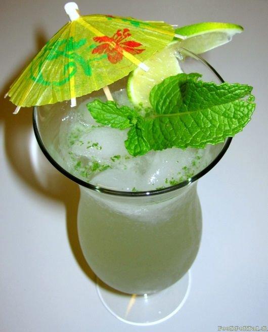 طرز تهیه نوشیدنی موهیتو یا موخیتو( لیمو نعنا)